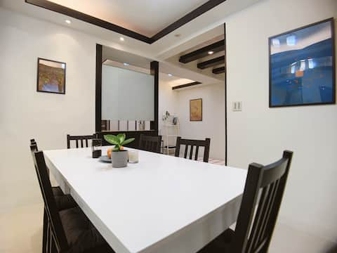 Sunshine private room, very close to MRT station