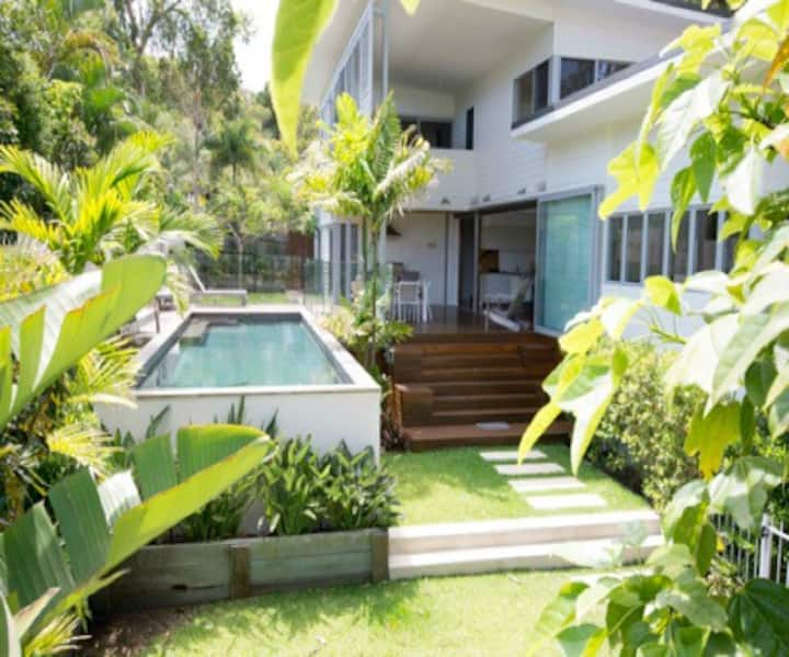 INEZ BEACH HOUSE -  PETS WELCOME (Telstra Wifi)