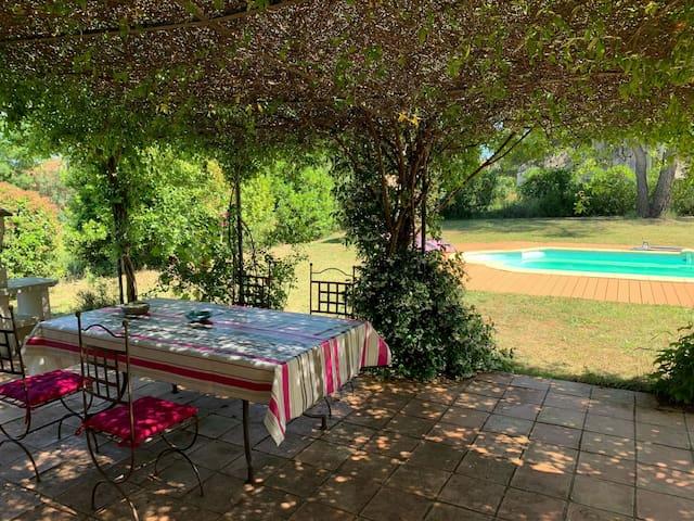 Villa 152m2 avec piscine dans le sud de la France