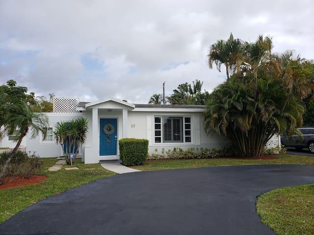 Charming 'Little Ol' Florida' House