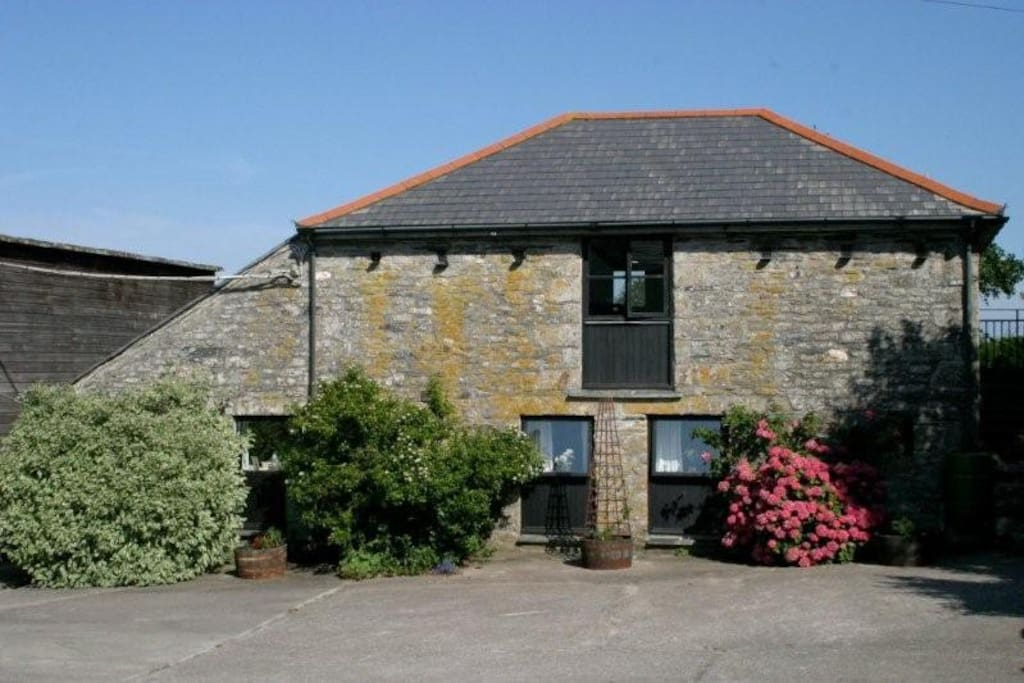 Barn Owl Cottage is a fabulously converted hay barn