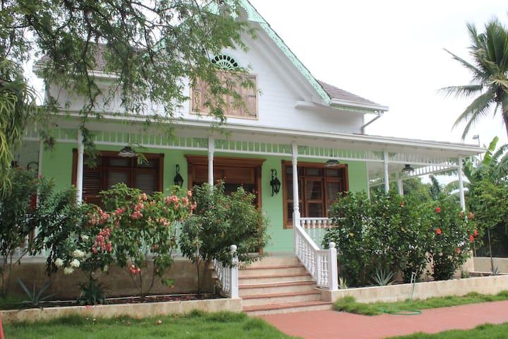 Hacienda casa de la cabirma