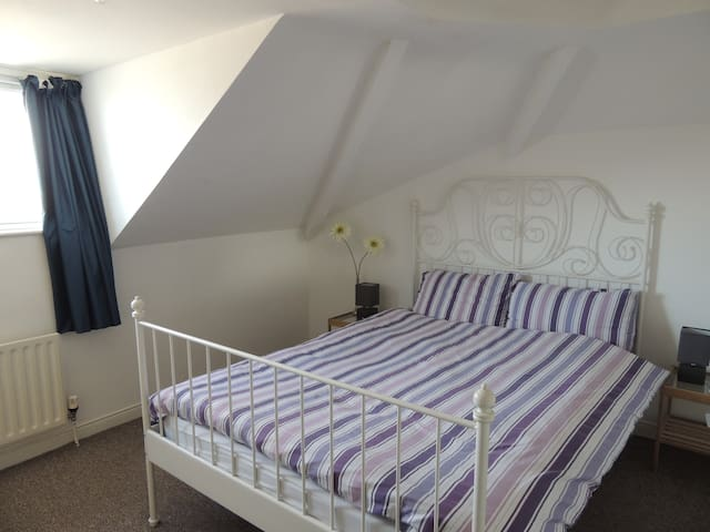 Pacific Apartment:Parking and WiFi - Portstewart - Apartment