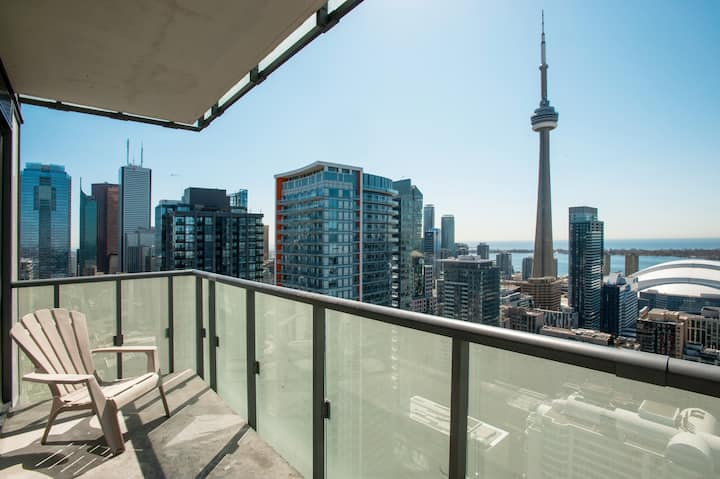 SUB PENTHOUSE MILLION$ VIEW FOR DISCERNING GUESTS