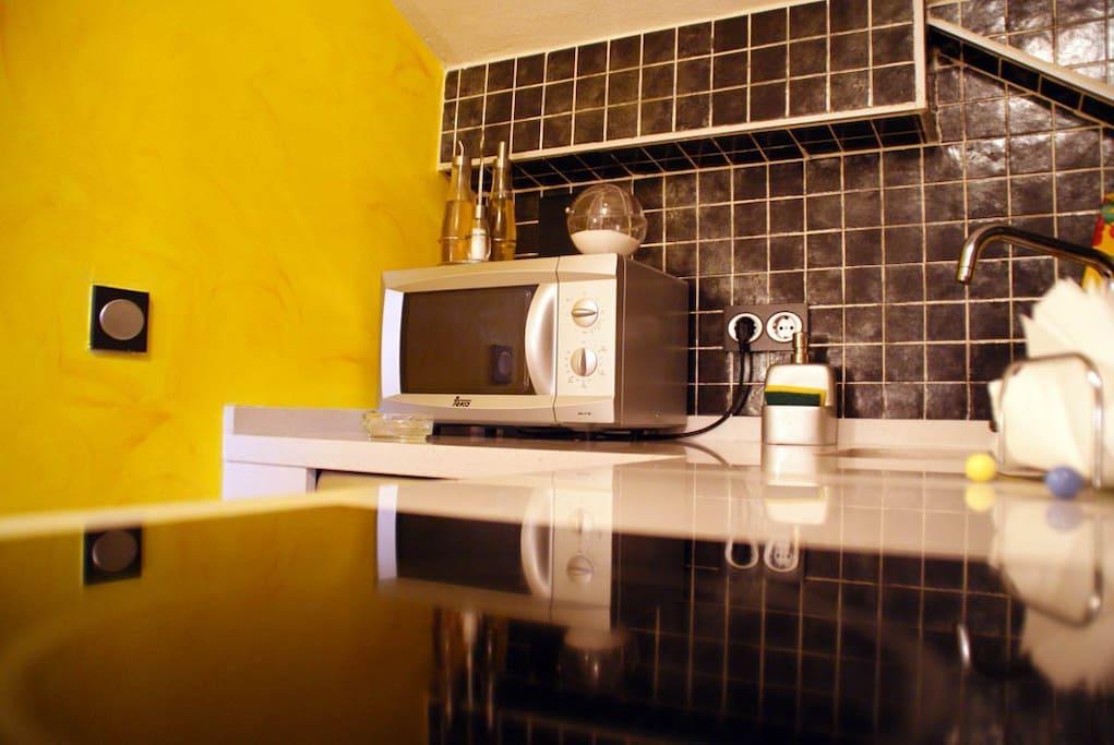Loft con piscina y chimenea lofts en alquiler en granada - Cocinas maricarmen ...