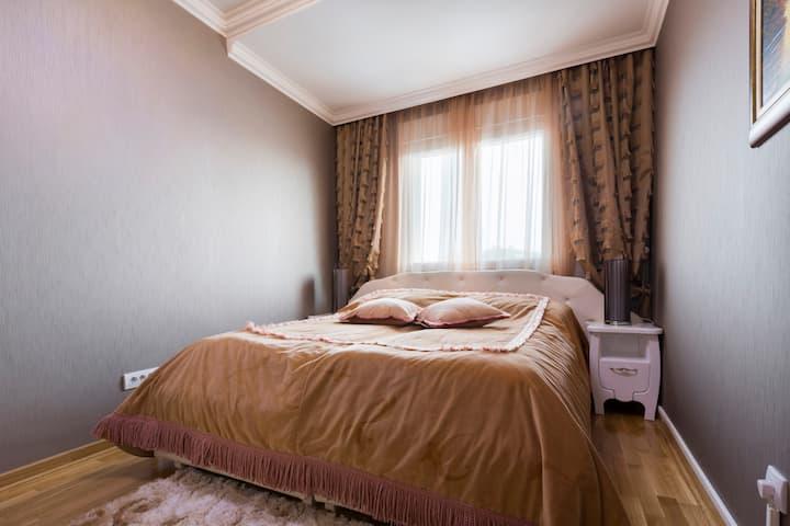 S11-Lux OneBedroom Apartment