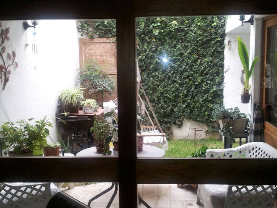 Miraflores espectacular habitaci n casa de famili for Habitacion familiar en once