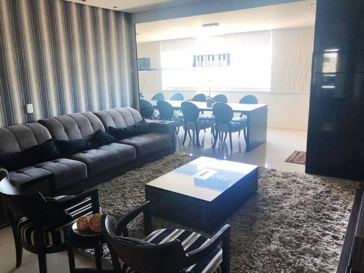 Luxuoso apartamento no centro de Novo Hamburgo