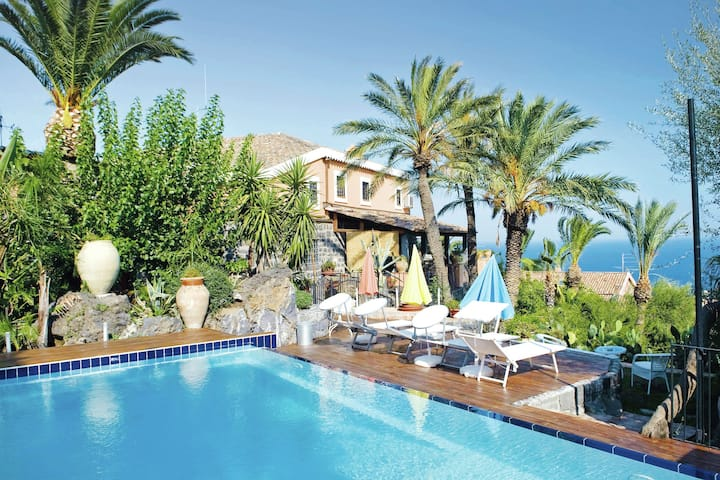 Beautiful apartment in beautiful hamlet attractive decor and communal pool