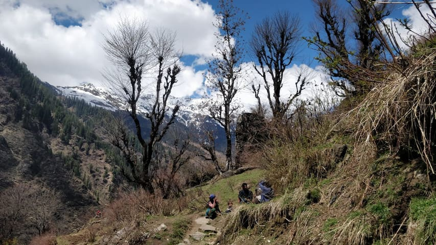 GOONJ COTTAGE Trekking, Camping and more