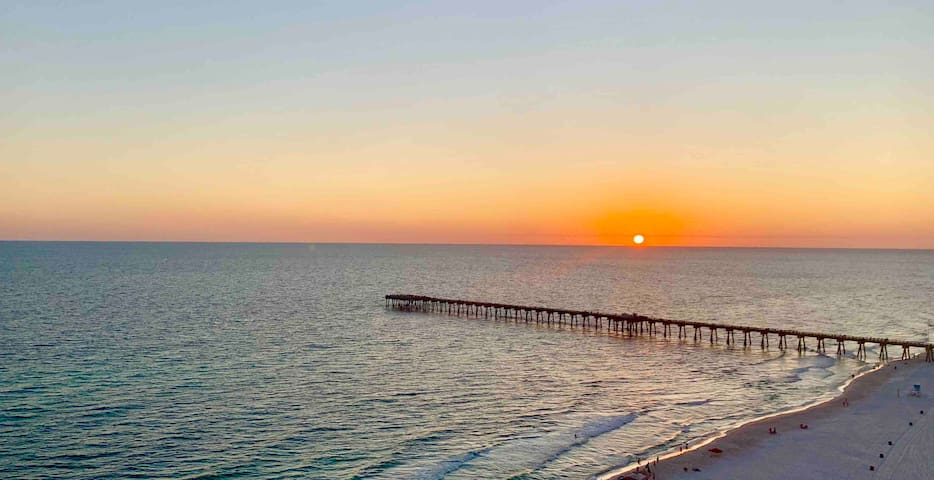Calypso Resort 3BR/2BA Closest Condos to Pier Park