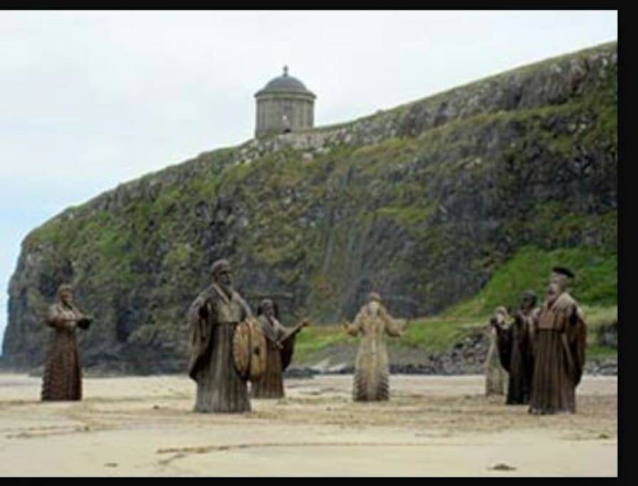 Game of Thrones filmed at Downhill beach infront of beachhouse