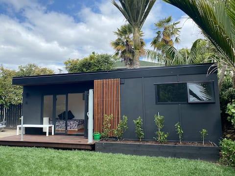 Kowhai Garden Studio Grey Lynn