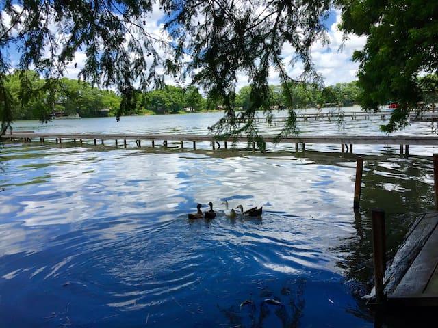 Lake Dunlap Cabin Haus - New Braunfels - Kulübe