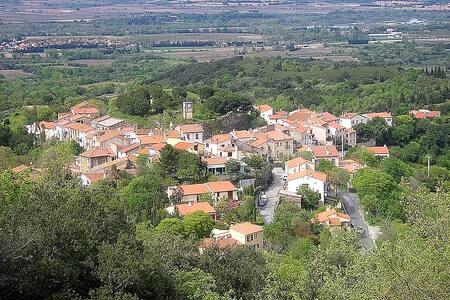 Maison de village en pays catalan - Montesquieu-des-Albères