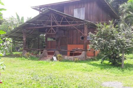 Cabaña amplia y cómoda con vista al Arenal