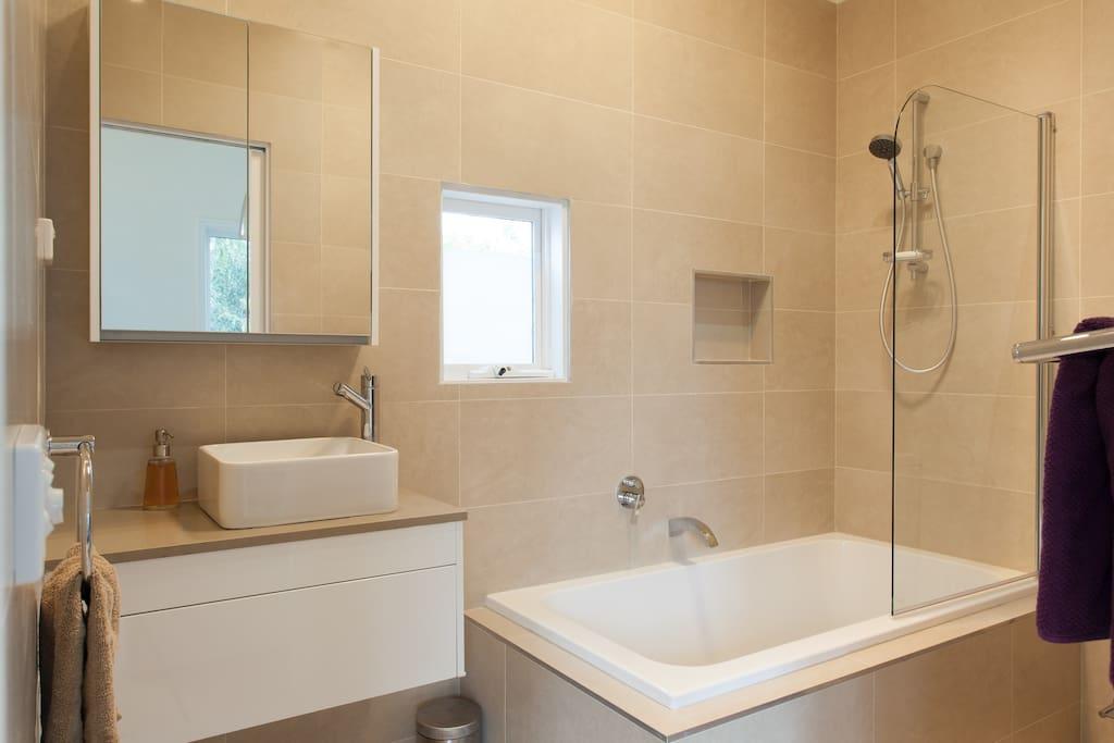 Brand new luxurious bathroom