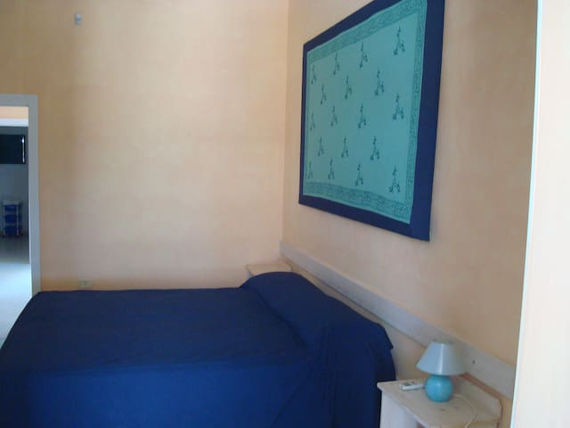 Bilocale RoomCafè - Torre Lapillo - Appartement