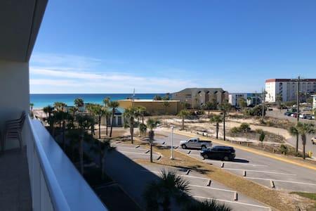 2br/2bath Ocean View Condo w/No Cleaning Fee