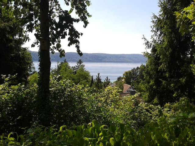 Sonnige Wohnung mit Seeblick  - Überlingen - Wohnung