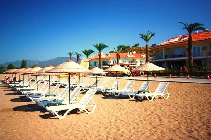 AQ28-Calis Beach Private Beach  - Foça Mahallesi - Huis