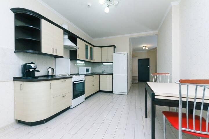 Уютная квартира на ул. Драгоманова метро Позняки