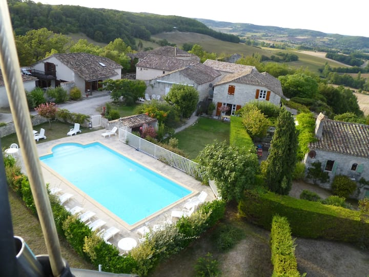 Private Hilltop Hamlet - Let as one in High Season