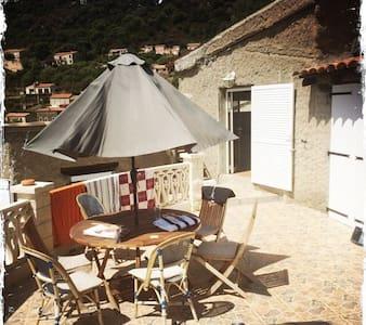 Maison Corse vue sur Golf de Porto - Osani
