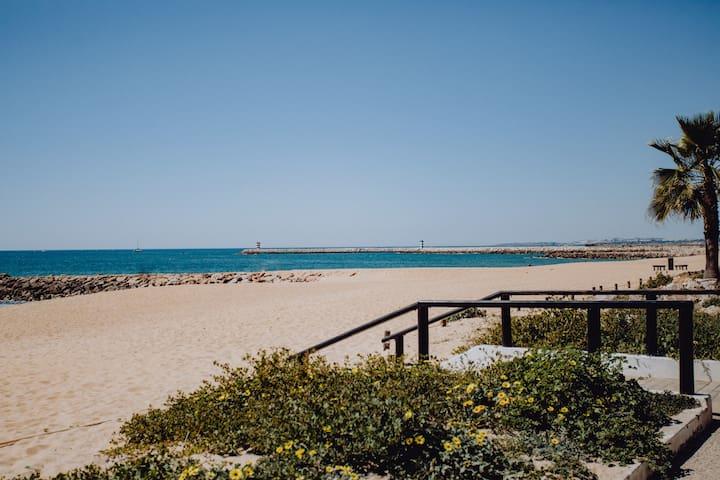 Mira Apartment 50 metres from Quarteira beach