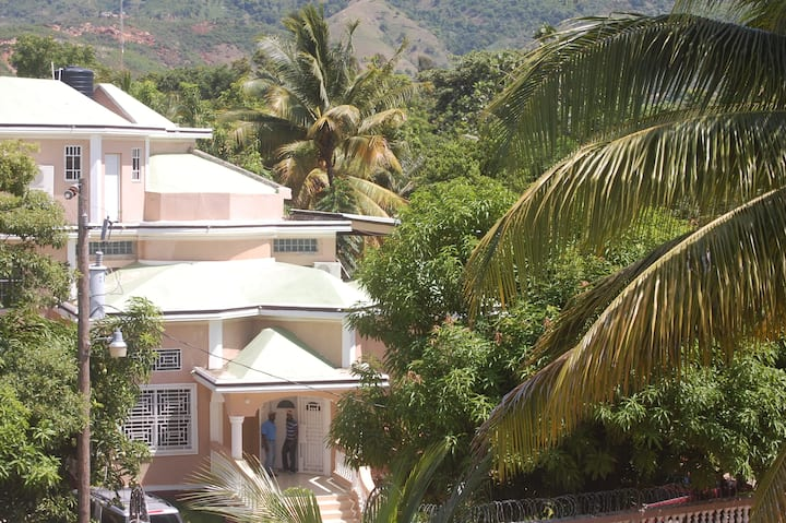 O and A House of Cap-Haitien