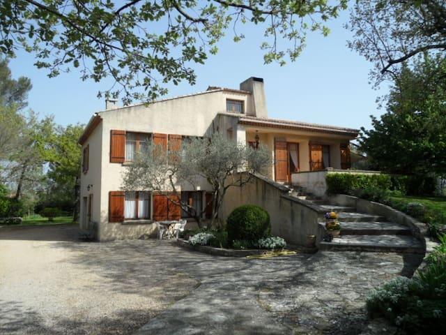 Appartement Gréasque proche Aix-en -Provence - Gréasque - Apartemen