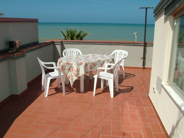 30 metros de la playa - Capo d'Orlando - Bed & Breakfast