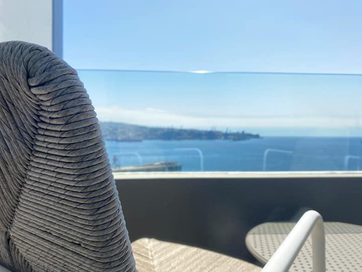 Maravilloso Loft ubicado al lado de Mirador Baron Valparaiso con Estacionamiento Servicio HOM 1316