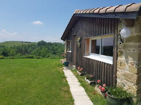 Maisonnette vue sur Pyrénées Les Cabanes dAbéliane