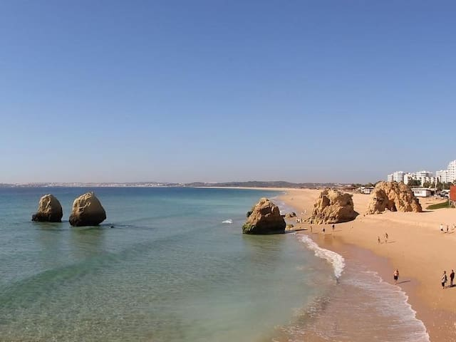Alvor beach only 2 kms away