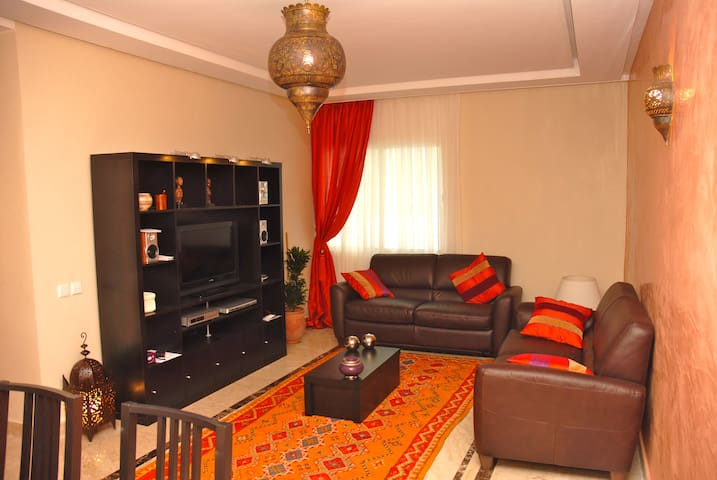 Bel appartement à Hay Riad tout confort