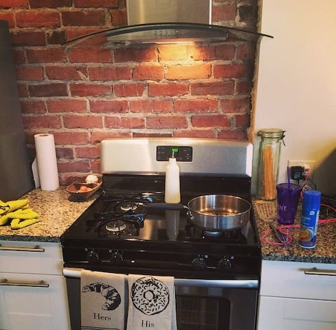 Kitchen stove top/oven