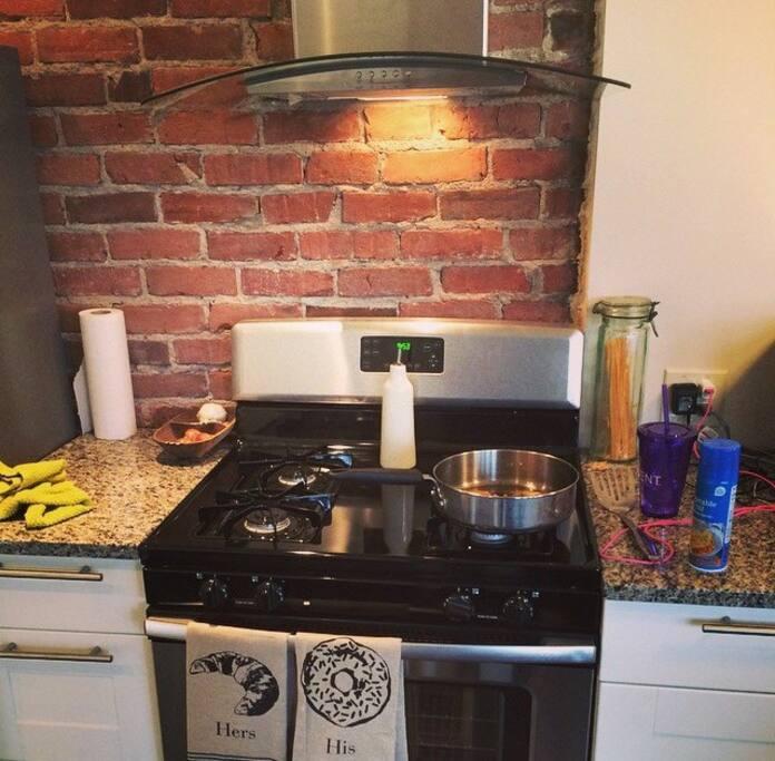 Kitchen stove top/oven