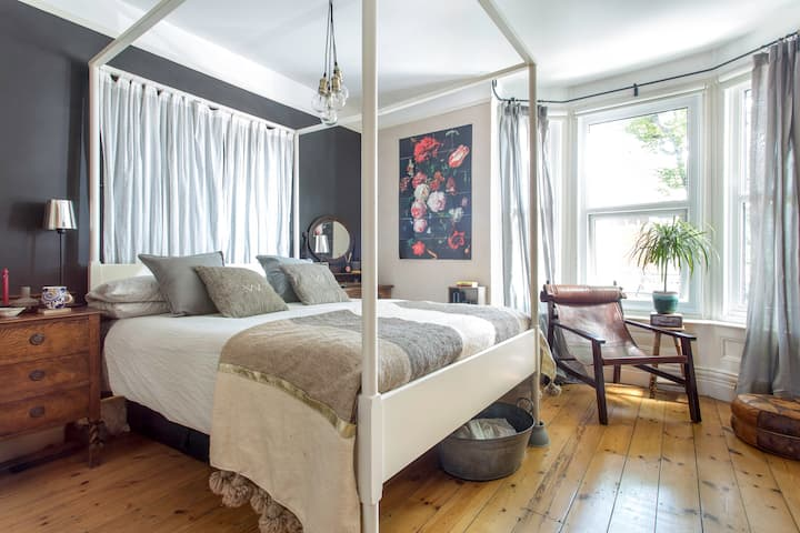 Four-Poster Bed in a Stylish House