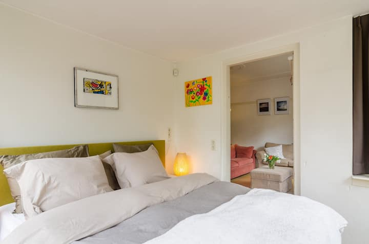 Comfortable bed in ZEIST 45 minutes from Amsterdam