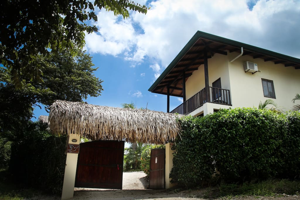 Welcome to Rancho Paloma Azul!