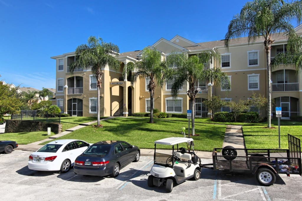 Bring your family to stay at this wonderful Windsor Palms vacation condo that's located just minutes from Walt Disney World® Resort and is a short walk to the fabulous resort clubhouse.