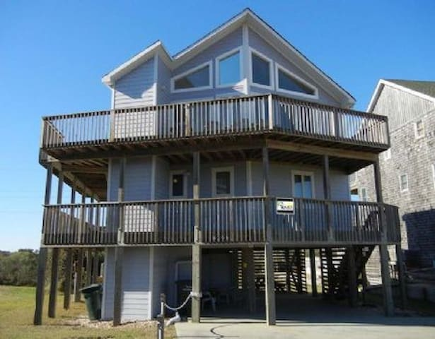 Updated, Semi-Oceanfront, Pet Friendly Home!