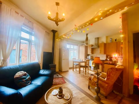 Quirky house with fantastic central location.