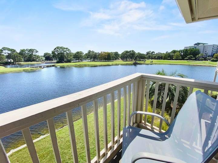 Charming lake front unit with FREE GOLF!