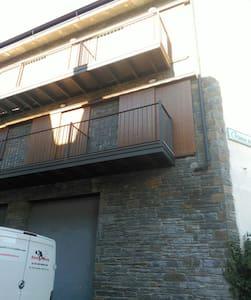 Apartamento para 6 ocupantes en Bellver centro. - Bellver de Cerdanya