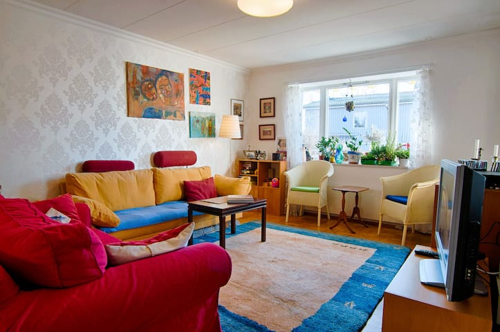 Stockholm - Child-friendly townhouse
