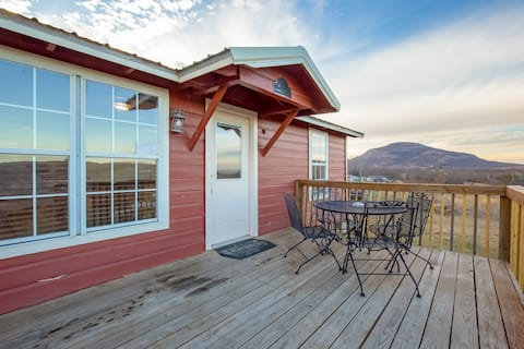 Panoramic Mountain View Cabin for 5