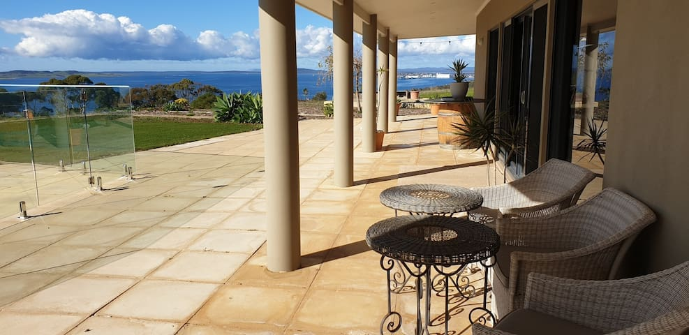 Tiatukia Home with a View