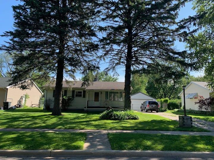 Private Home in Quiet Neighborhood